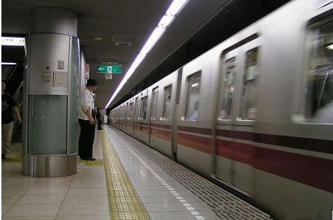 地铁中央空调解决方案